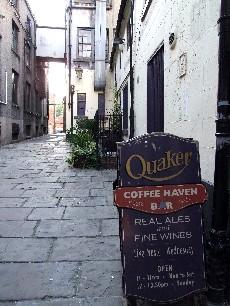 Quaker House01